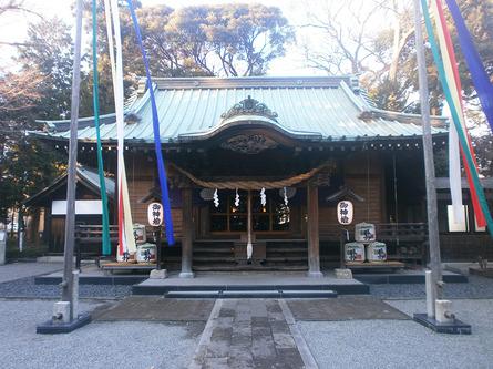 歴史と由緒、そして大木に一見の価値ある「深見神社」