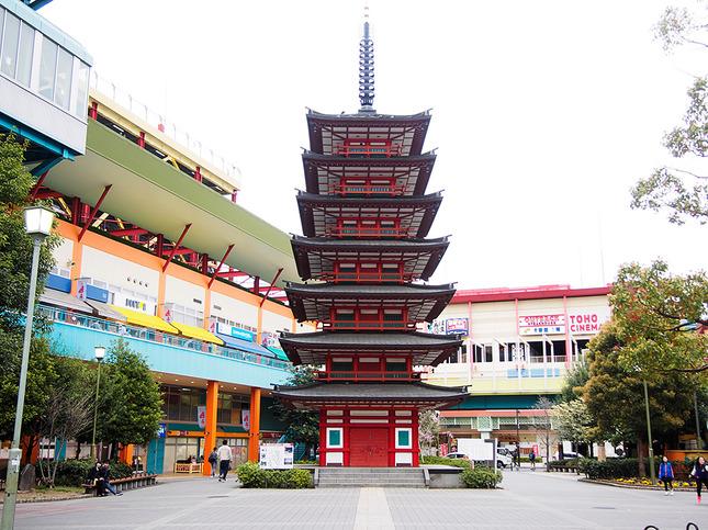 海老名市観光シンボルモニュメント『七重塔』
