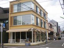 紙管のレストラン?設計は有名な建築家!