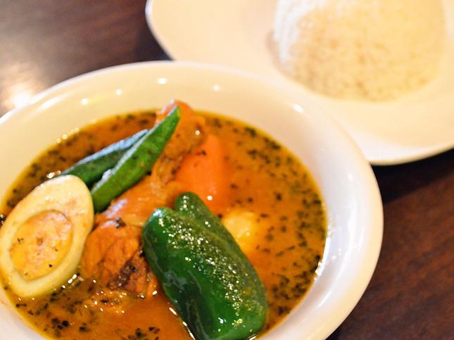 和食も10年修行した料理長がつくるインド料理!