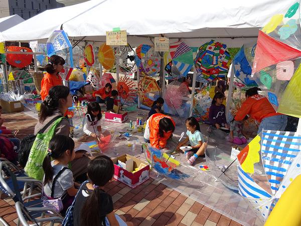 アートと食の祭典「しんゆりマルシェ2016」の画像