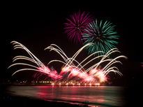 秋の花火も素敵!ふじさわ江の島花火大会の画像