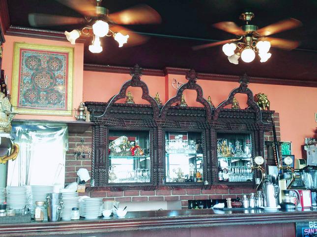 ネパール料理店で遠い異国へ旅する気分に