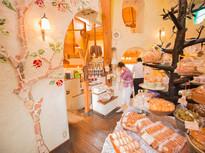 遠方からも客が集まる新百合ヶ丘の人気洋菓子店