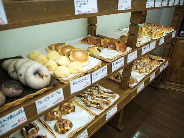 安全でおいしいパンは湘南台の「パン工房AOKI」!