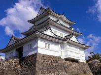 小田原城を眺めながらのんびり
