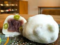 清潔な「白」と心のこもった和菓子が魅力