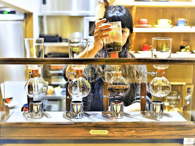 珈琲焙煎店が始めたメニューのない珈琲店