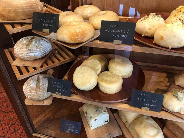毎日でも食べたい!シンプルなのに、おいしいパンの画像