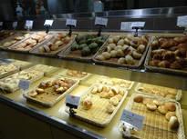 焼き立てパンが食べ放題が食事の美味しさアップ!
