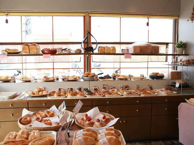 鵠沼のシンボル、蓮池から連想されるレンコンのパンも!