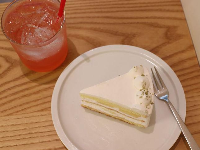 路地裏でも大人気「もものショートケーキ」がスタート