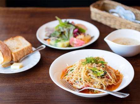 箱根仙石原で本格ビストロ料理。