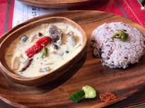 有名ブータン料理店の向かいにある「ブータン料理 ダツィ」の専門店