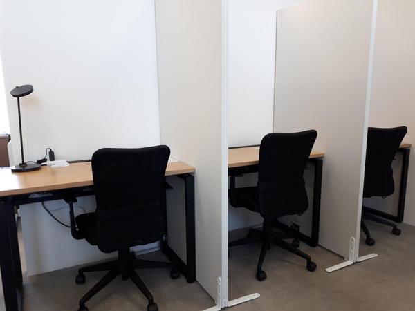 """仕事に勉強に集中できる空間、""""私のつくえ""""オープン"""