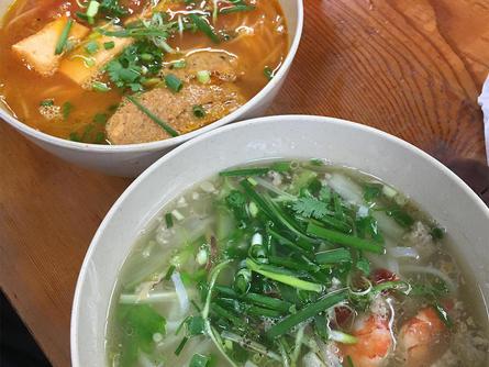 旅行気分で本場の絶品ベトナム料理