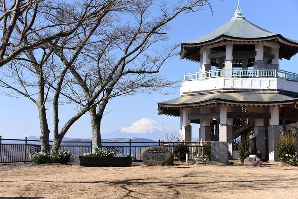 富士見スポット満載の「弘法山公園」