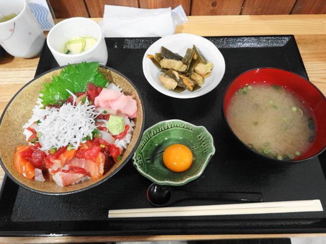 """""""ふじやす食堂のお得な海鮮ランチ"""""""