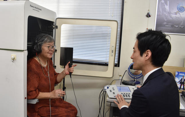 聞こえの相談・計測や調整に対応する補聴器店