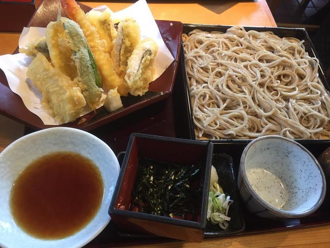 """""""丸屋の海鮮天ざる蕎麦"""""""