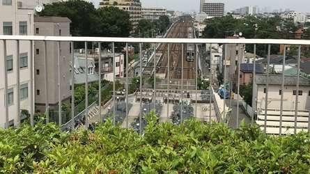 成城コルティ屋上の絶景電車ウォッチスポット