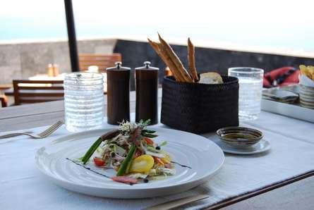 【エリア別】小田急線沿いのテラス席で食事が楽しめるレストラン12選