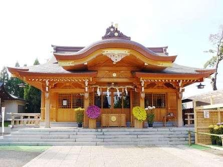 古戦場の上に建つ、歴史ある「菅原神社」でお参りしよう