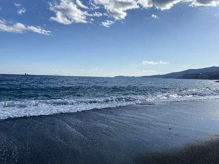 【小田原】御幸(みゆき)の浜で冬の海と空とグルメ