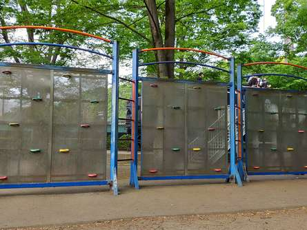 ロッククライミングの練習ができる公園