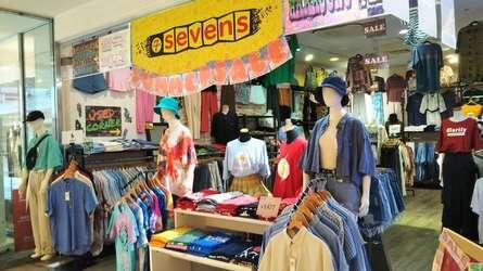 韓国ファッションと古着のお店「sevens」