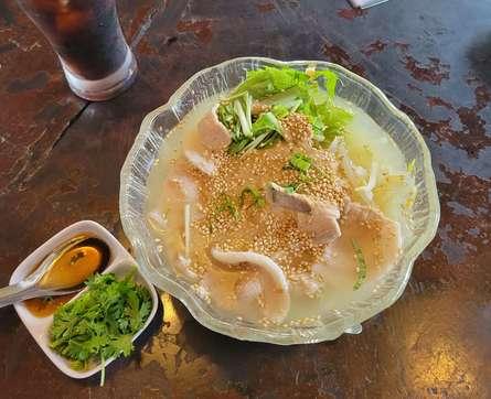 ベトナム気分を味わえる食堂